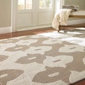 nuLoom Hand-hooked White/ Grey Wool-blend Rug (6' x 9')