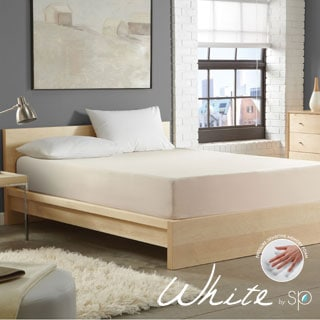 WHITE by Sarah Peyton 8-inch Convection Cooled Firm Support Cal King-size Memory Foam Mattress