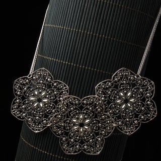 Three Silver Flower Bib Necklace (China)