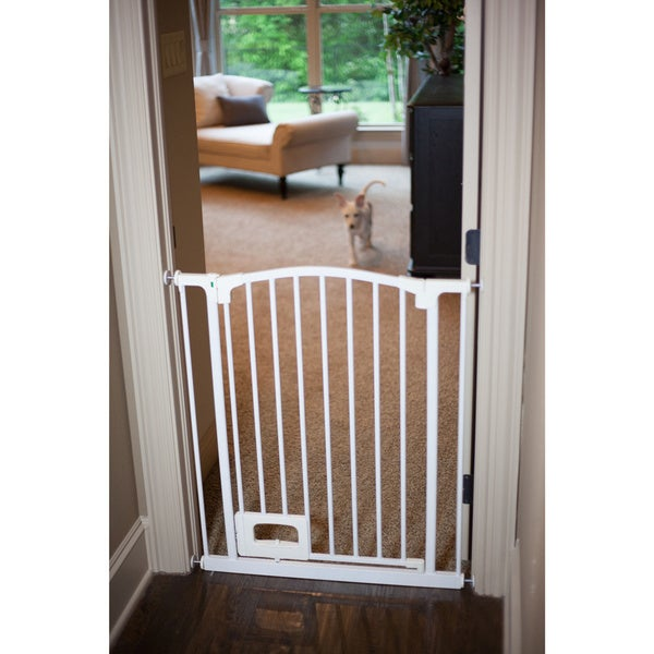Hands Free Foot Operated Pet Gate 15695647 Overstock