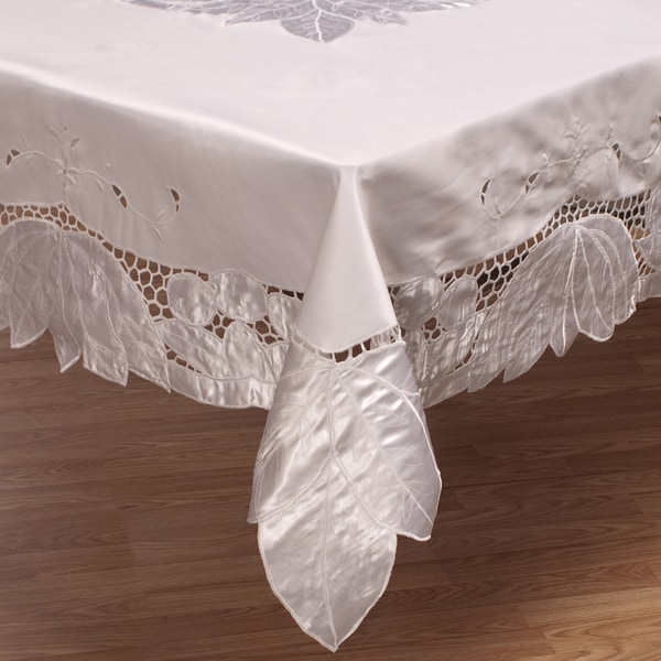 White 90-inch Round Cutwork Tablecloth