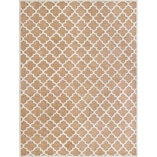 Safavieh Handmade Precious Camel Polyester/ Wool Geometric Area Rug (8' x 10')