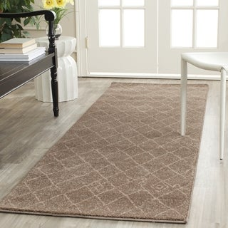 Safavieh Tunisia Brown Runner Rug (2'6 x 8')