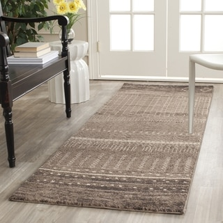 Safavieh Tunisia Brown Rug (2'6 x 8')