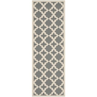 Safavieh Indoor/ Outdoor Courtyard Geometric-pattern Anthracite/ Beige Rug (2'3'' x 6'7'')
