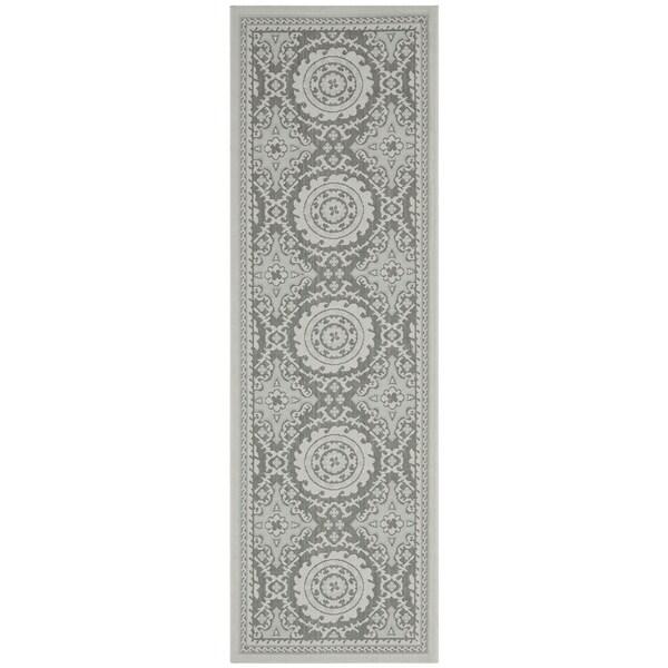 Safavieh Indoor/ Outdoor Courtyard Beige/ Dark Beige Rug (2'7 x 8'2)