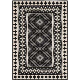 Safavieh Indoor/ Outdoor Veranda Black/ Cream Rug (8' x 11'2)
