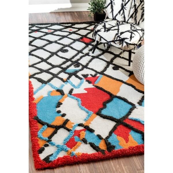 nuLoom Hand-Tufted Wool Rug (5' x 8')