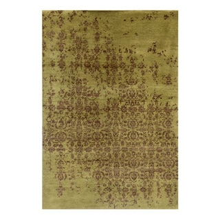 Hand-Knotted Beige/ Brown Hand carded Wool Rug (5x8)