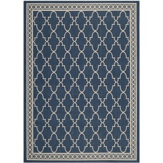 Safavieh Indoor/ Outdoor Courtyard Bordered Navy/ Beige Rug (5'3'' x 7'7'')