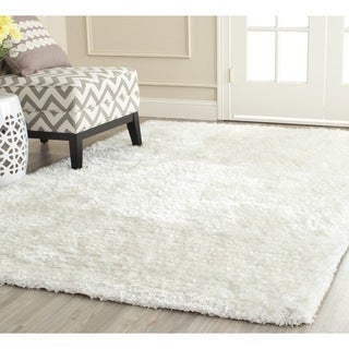 Safavieh Handmade South Beach Shag Snow White Polyester Rug (4' x 6')