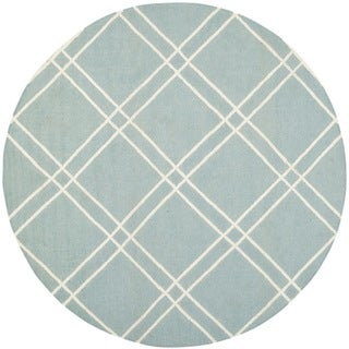 Safavieh Hand-woven Moroccan Reversible Dhurrie Light Blue/ Ivory Wool Rug (6' Round)