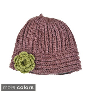 Flower Chic Hand-knit 100-percent Woolen Cloche Hat (Nepal)