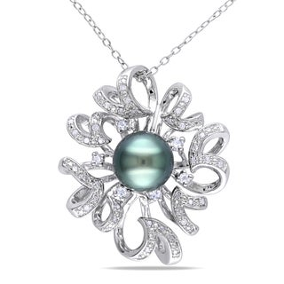 Miadora Sterling Silver Tahitian Pearl, White Topaz and 1/6ct TDW Diamond Necklace (H-I, I2-I3)