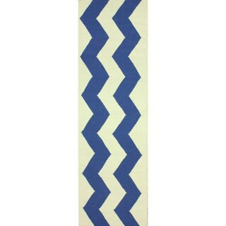 nuLOOM Flatweave Wool Zig Zag Blue Runner Rug (2'6 x 8')