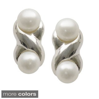 Sterling Silver White or Pink FW Pearl Infinity Stud Earrings (5-5.5 mm)