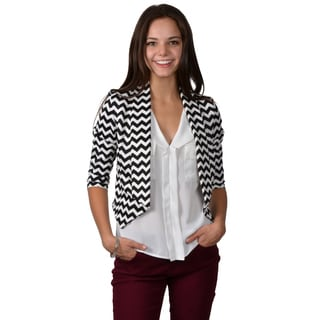 Journee Collection Junior's Zig Zag Print Cropped Bolero Jacket