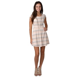 Journee Collection Junior's Cap Sleeve Scoop Neck Dress