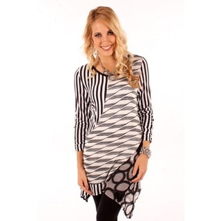Lily Women's Black/ White Printed Spliced Top