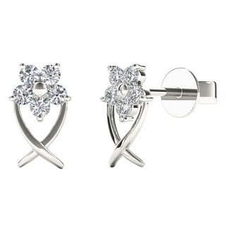 10k White Gold 1/6ct TDW Diamond Star Flower Tiny Stud Earrings (H-I, I1)
