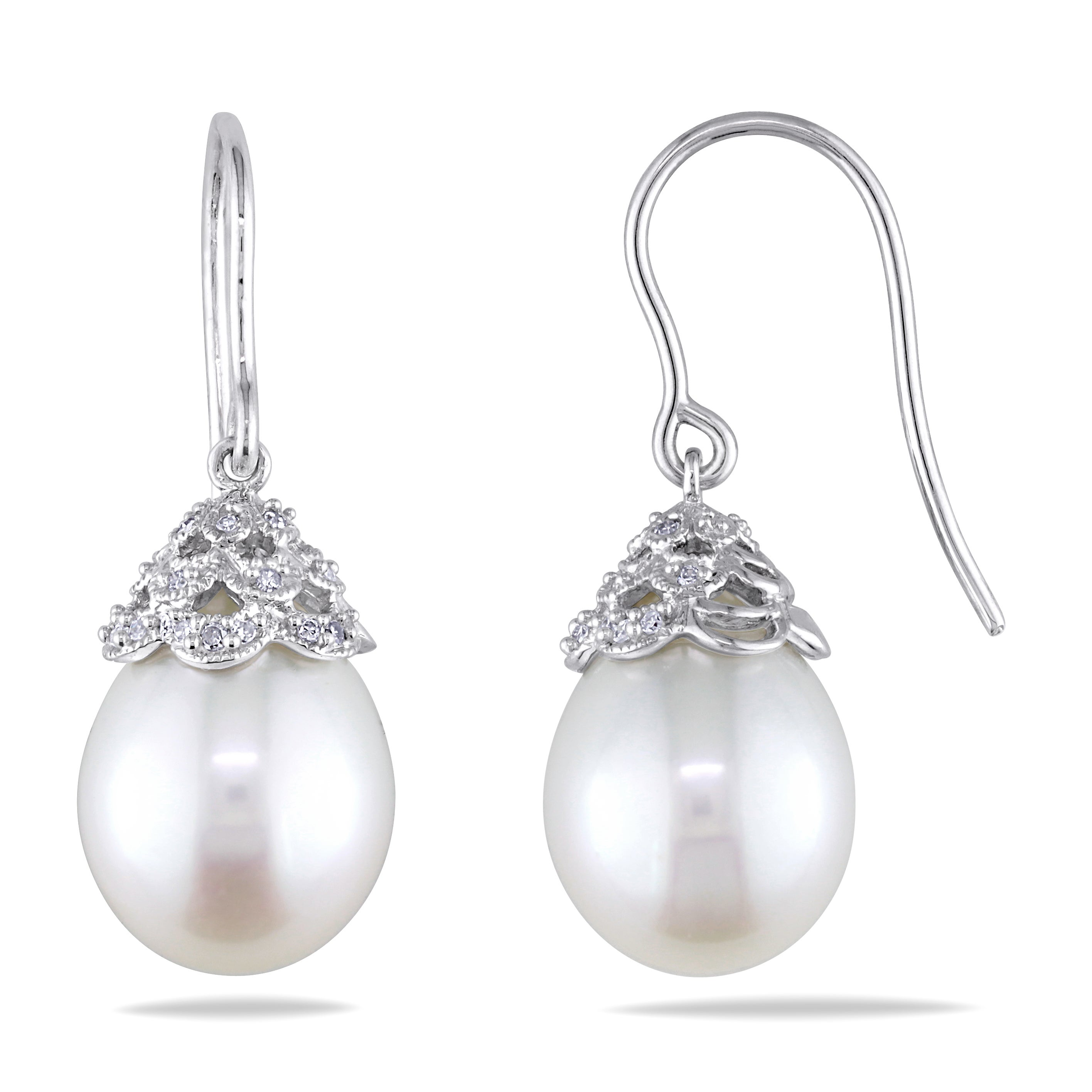 Miadora 14k White Gold Pearl and 1/10ct TDW Diamond Dangle Earrings (G-H, I1-I2) (10.5-11 mm)