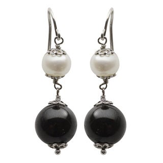 Sterling Silver White Freshwater Potato Pearl and Black Onyx Dangle Earrings (6-7 mm)