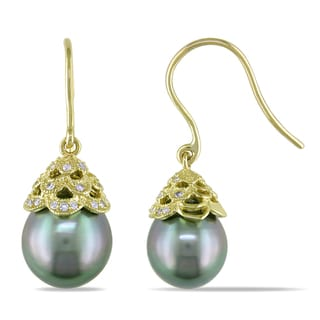 Miadora 10k Yellow Gold Tahitian Black Pearl 1/10ct TDW Diamond Earrings (I1-I2)
