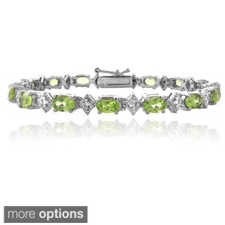 Glitzy Rocks Sterling Silver Peridot and Diamond-accent Bracelet (I-J, I2-I3)