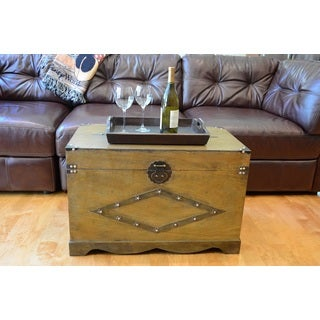 Decorative Jamestown Wood Steamer Wooden Treasure Hope Chest Set