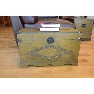 Decorative Jamestown Medium Wooden Treasure Hope Chest