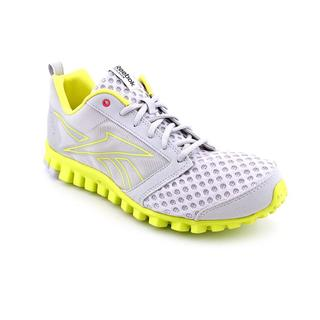 Reebok Women's 'Realflex Scream 2.0' Mesh Athletic Shoe