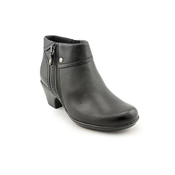 Clarks Women's 'Ingalls Thames' Black Leather Ankle Boots