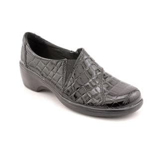 Clarks Women's 'May Orchid' Patent Casual Shoes