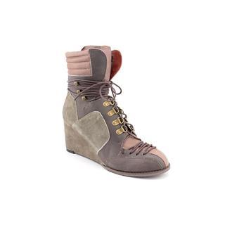 Sachelle Women's 'Salt' Leather Boots