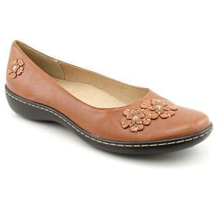Hush Puppies Women's 'Floral' Leather Casual Shoes - Narrow