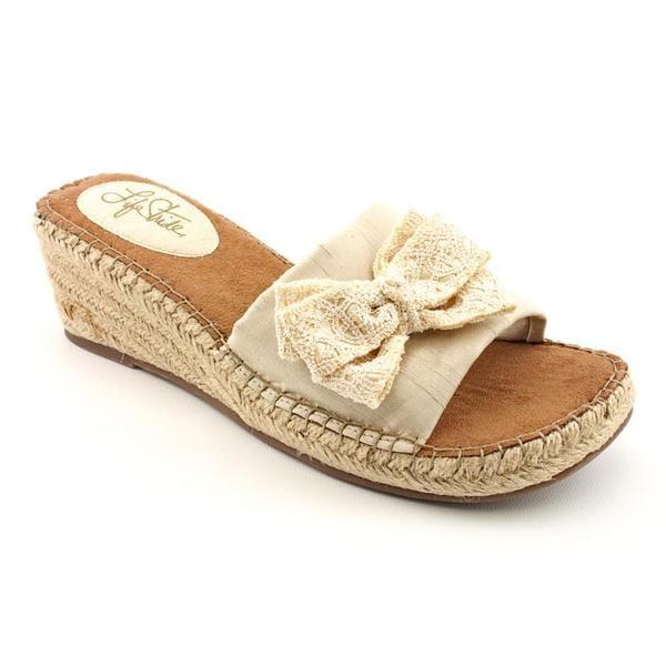 Beacon Women's 'Fiesta' Basic Textile Sandals - Narrow (Size 8 )