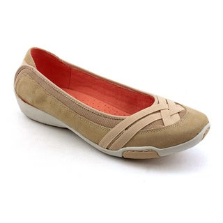 Auditions Women's 'Sun Coast' Leather Casual Shoes - Wide