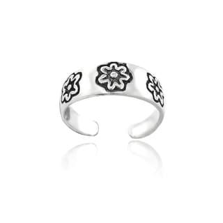 Mondevio Flower Design Toe Ring
