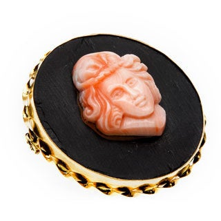 18k Yellow Gold Coral Cameo Estate Brooch