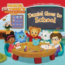 Daniel Goes to School (Paperback)
