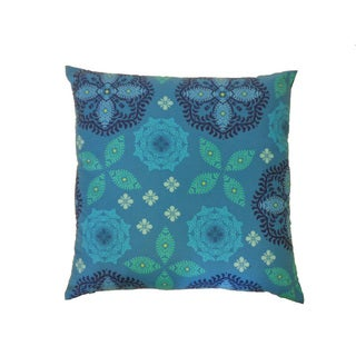 Flake Throw Pillow