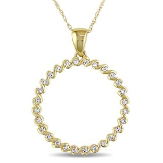 Miadora 10k Yellow Gold 1/6ct TDW Diamond Circle Necklace (I-J, I2-I3)