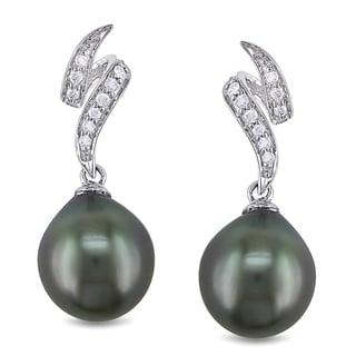 Miadora 10k White Gold Tahitian Pearl and 1/8ct TDW Diamond Earrings (H-I, I2-I3) (9-9.5 mm)