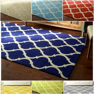 nuLOOM Handmade Moroccan Trellis Rug (5' x 8')