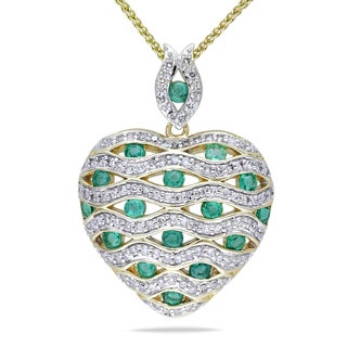 Miadora 14k Yellow Gold Emerald and 1/2ct TDW Diamond Heart Necklace (SI1-SI2)