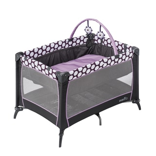 Evenflo Portable BabySuite Playard in Polka Dottie Purple