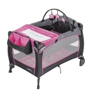 Evenflo Portable BabySuite Deluxe Playard in Koi Party Pink