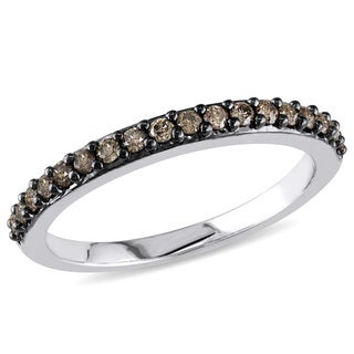 Miadora 10k White Gold 1/4ct TDW Brown Diamond Semi-eternity Ring (H-I, I2-I3)