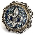 Sweet Romance Silvertone French Quarter Fleur de Lis Ring