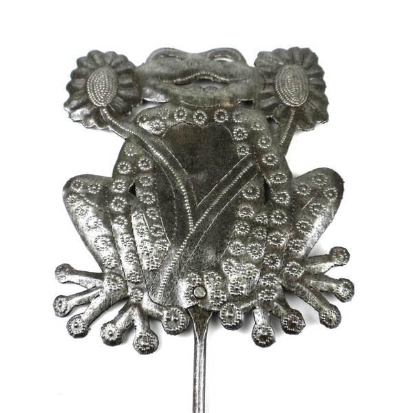 Handmade 28 inch Metal Garden Stake with Frog (Haiti)